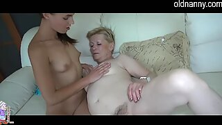 senior mature and young lady lezzie dildo