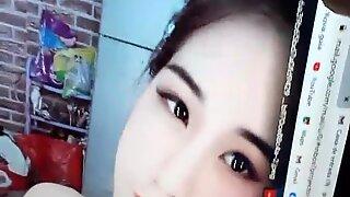 Tribute 1143 para garota destaque x v&iacute_deos  Hang Honey do Vietn&atilde_